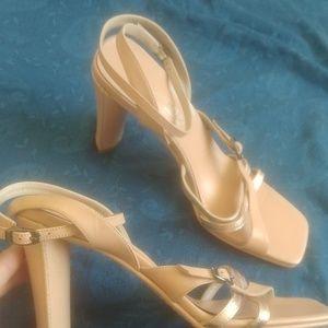 Via Spiga tan heels 8.5